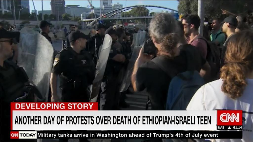 抗議警察執法過度槍殺非裔少年 以色列民眾上街抗爭爆衝突