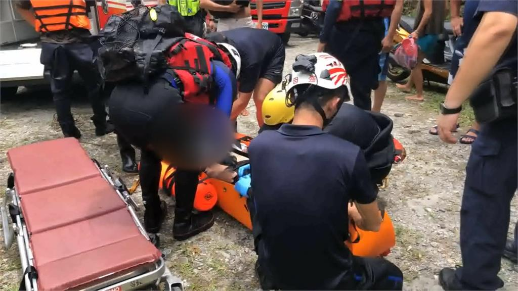 花蓮砂婆礑溪又意外 男大生跳水昏迷險被「抓交替」