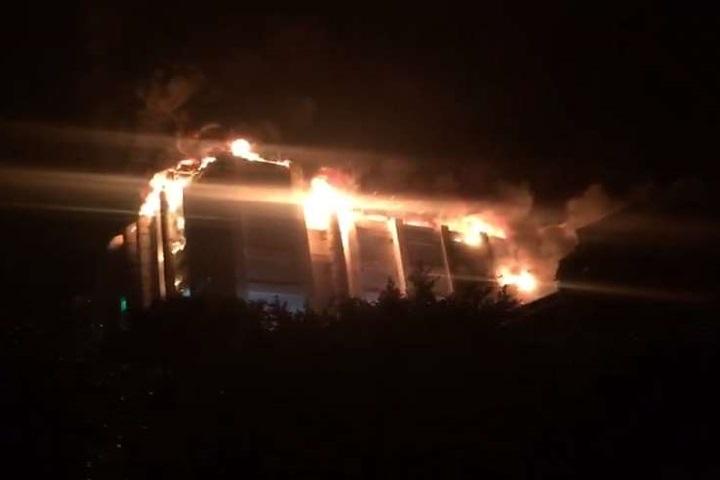 桃園平鎮工廠惡火 5層樓廠房全陷火海