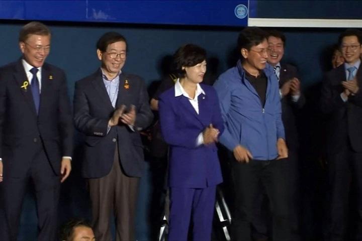 「南韓歐巴馬」捲性醜聞 洗白無望臨陣逃