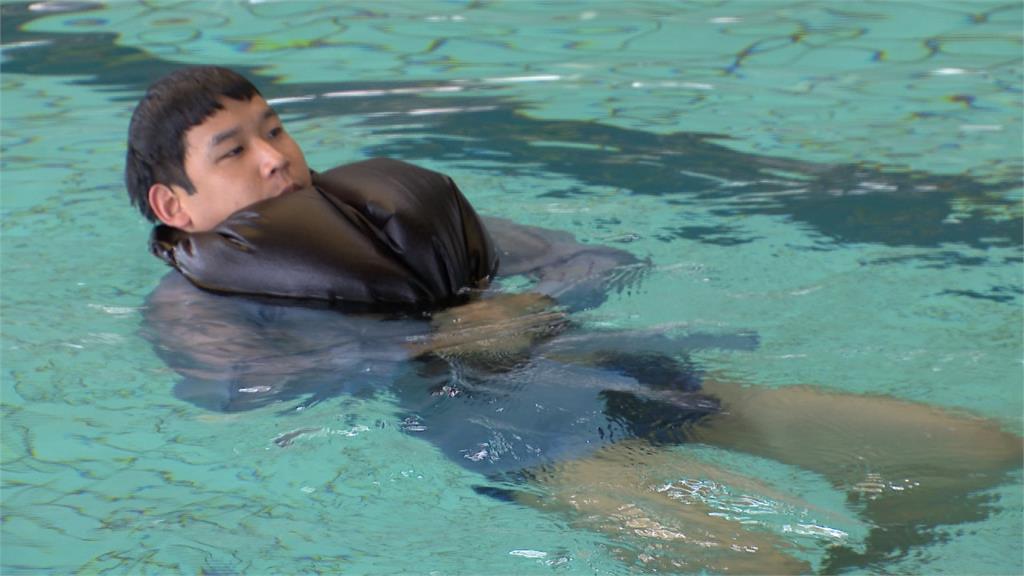 溺水如何自救?前游泳國手教2個保命方法