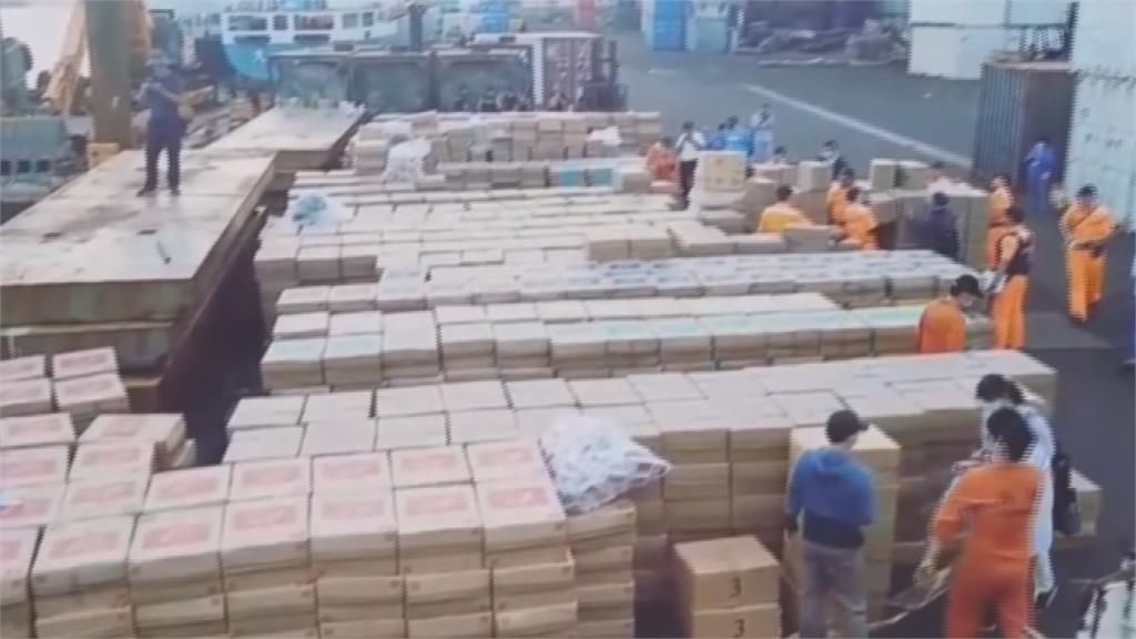 瀝青櫃作掩護 海巡查獲市價逾6800萬元走私菸