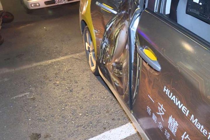 騎士撞上左轉計程車 送醫宣告不治