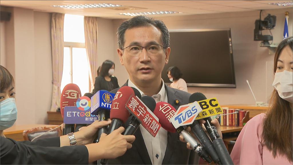 快新聞/總統府洩密專案報告藍委轟府院缺席 鄭運鵬:沒搞清楚狀況