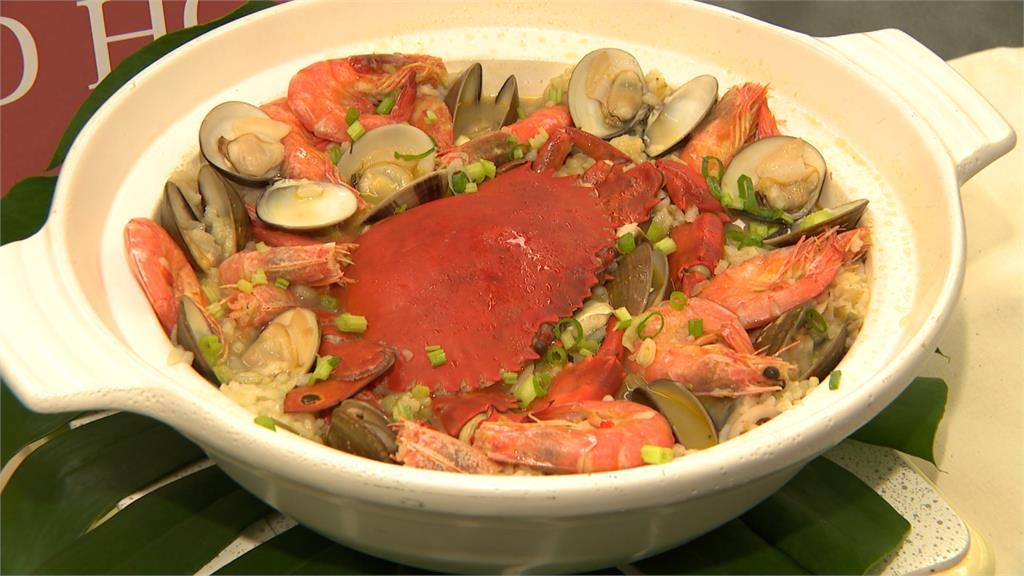 8月訂台灣美食月  飯店推螃蟹、大蝦海鮮粥