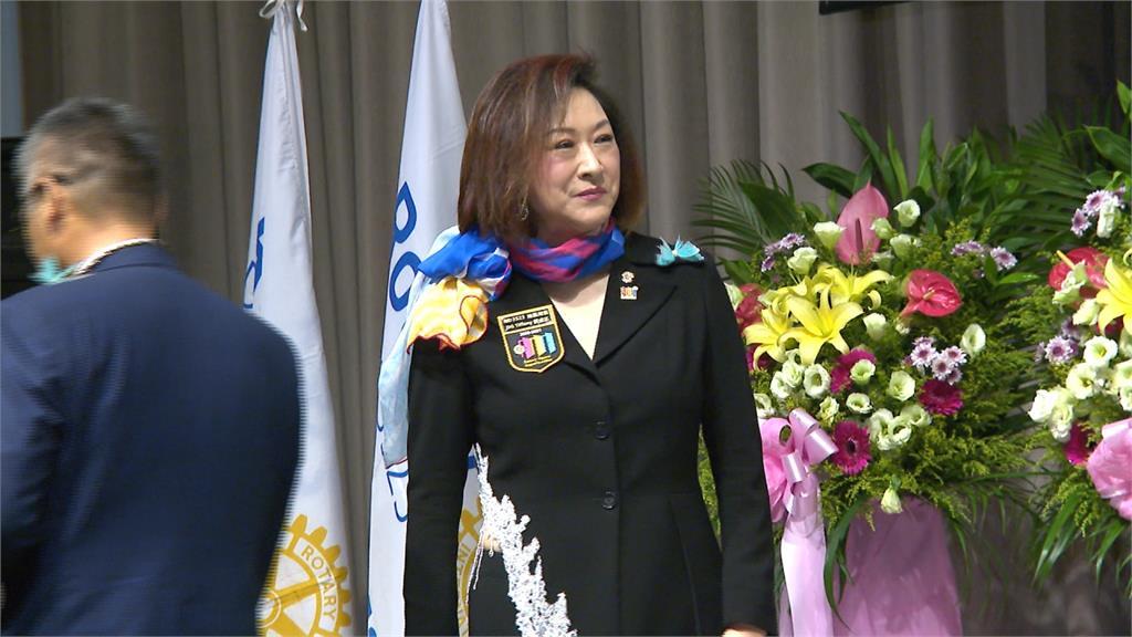 任扶輪社首位地區女總監 阮虔芷致力公益