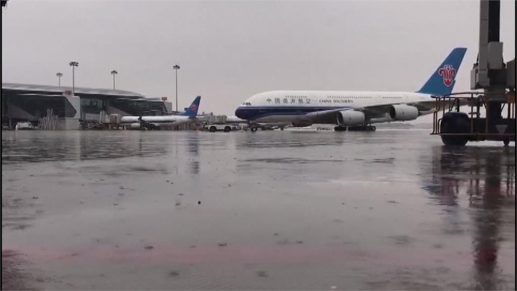 中國甘肅冰雹毀農作 廣東暴雨亂航班