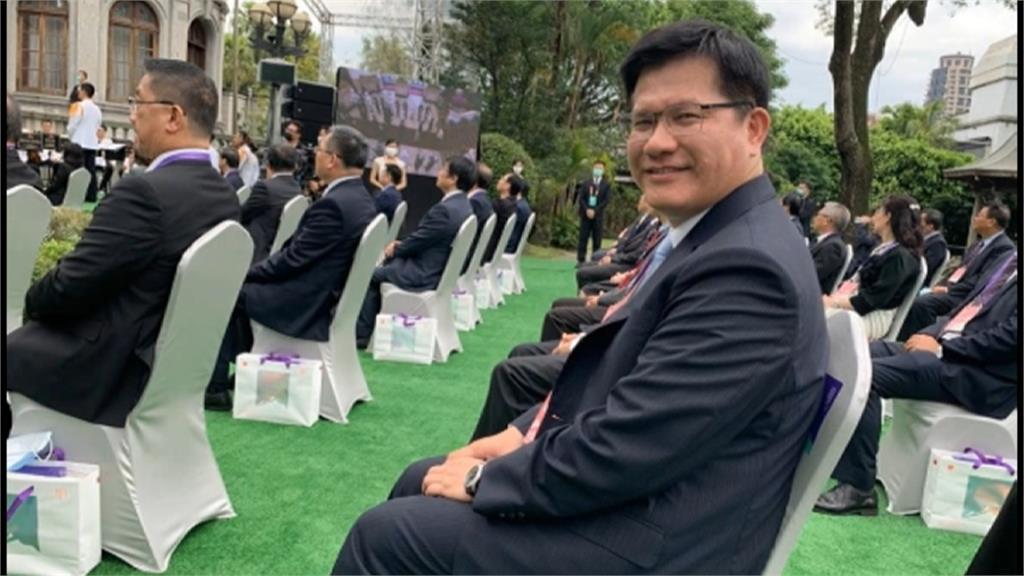 林佳龍出席總統就職典禮 臉書曬帥照竟是「盧秀燕拍的」