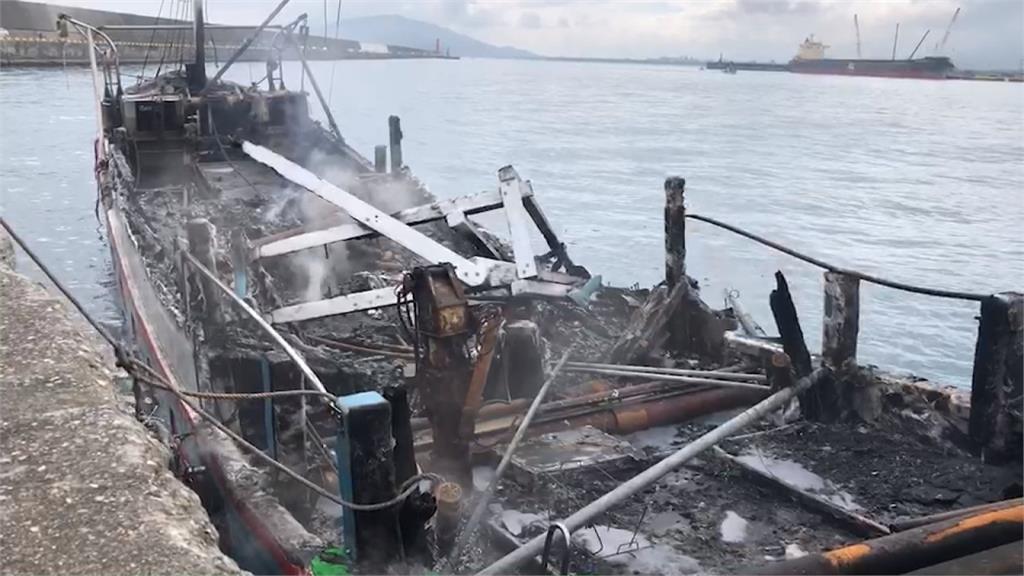 鰻苗船花蓮外海起火 海巡出動救出船長2漁工