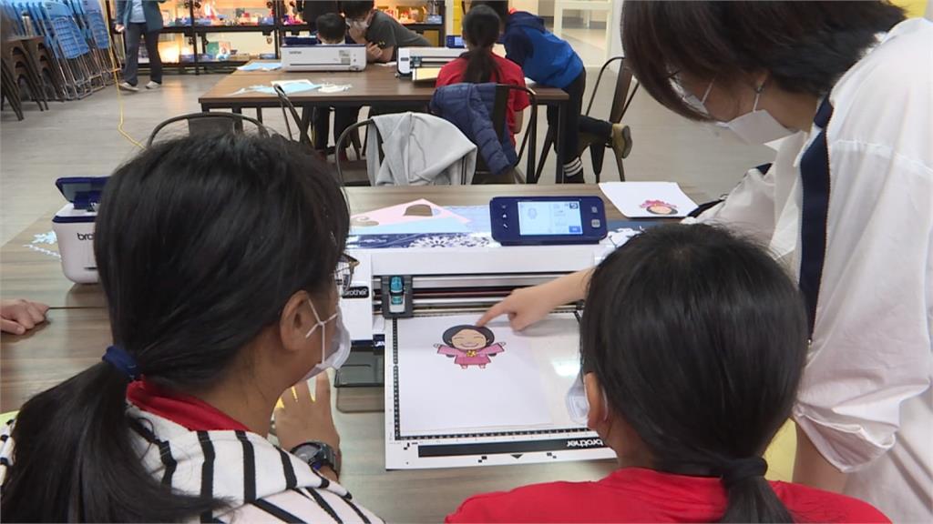科技教材100%普及校園 智慧教育紮根花蓮