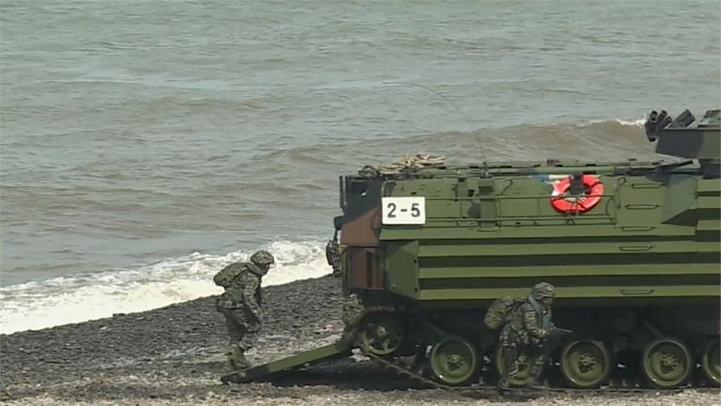 取消突擊艇登陸 「聯興操演」AAV7兩棲突擊車搶灘