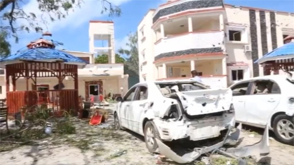 索馬利亞飯店遭汽車炸彈攻擊 至少26死逾50傷