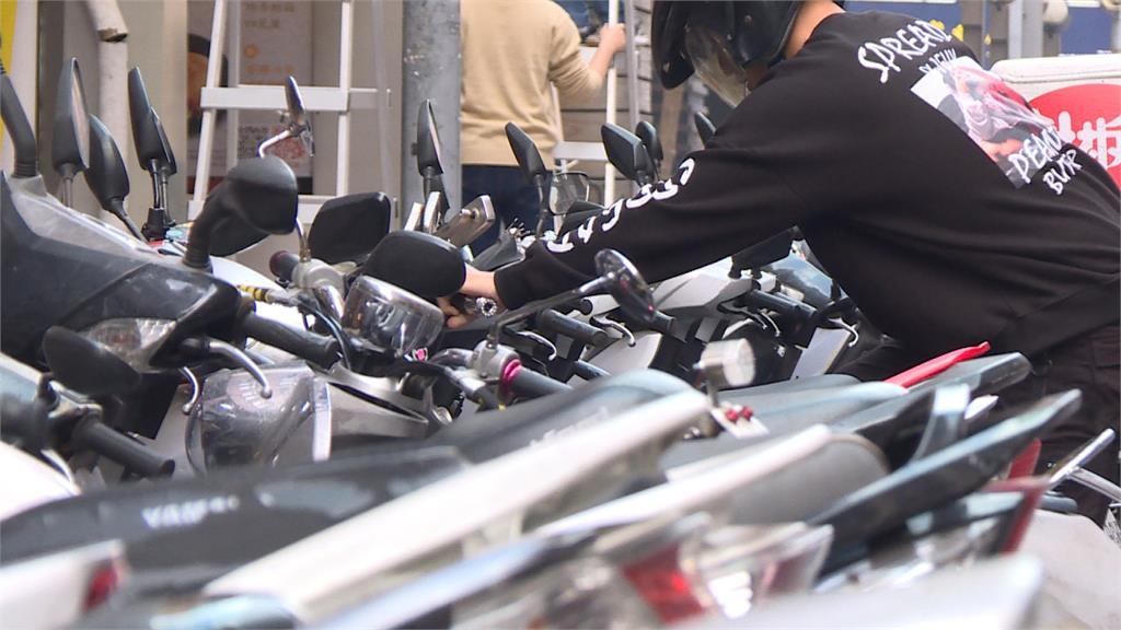 台北推動機車格收費  騎士抱怨「市府搶錢」