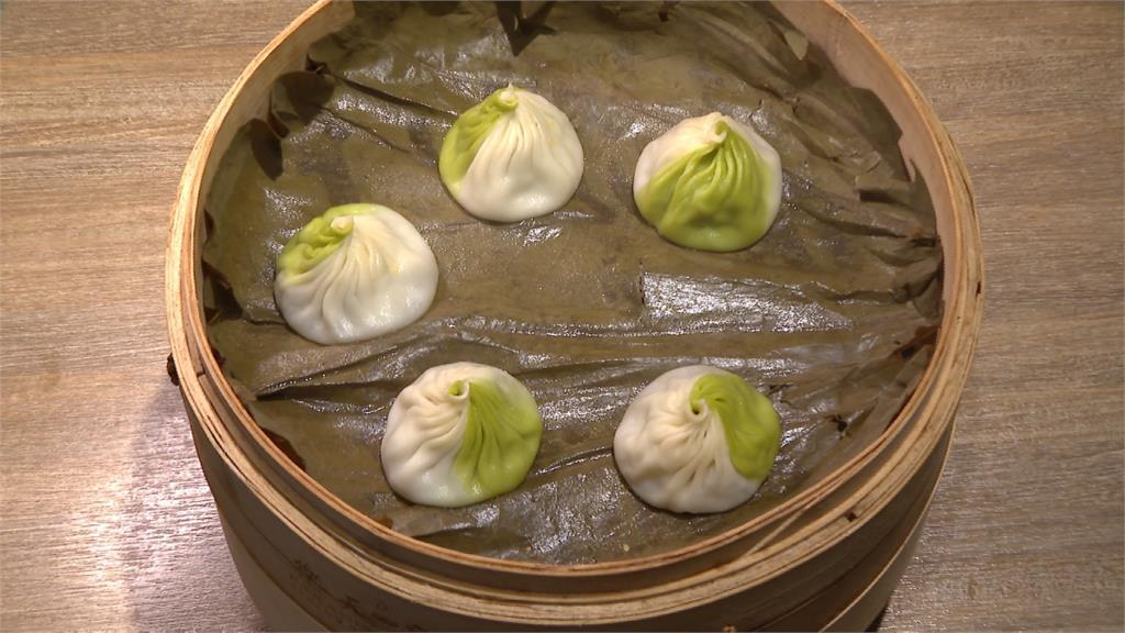 小籠包結合台灣粽 大口咬下濃濃五香味