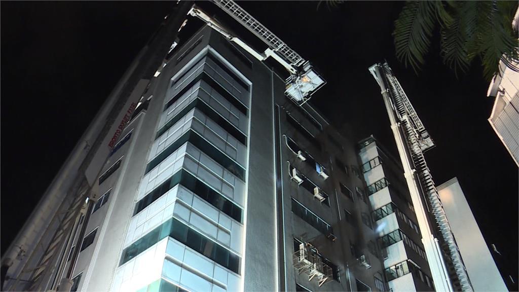 南港辦公大樓凌晨惡火 火勢10分鐘撲滅