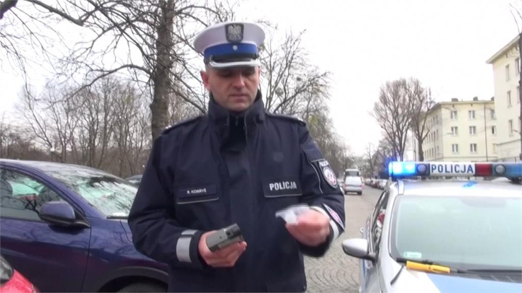 防止武肺病毒蔓延 波蘭減少無吹嘴酒測器