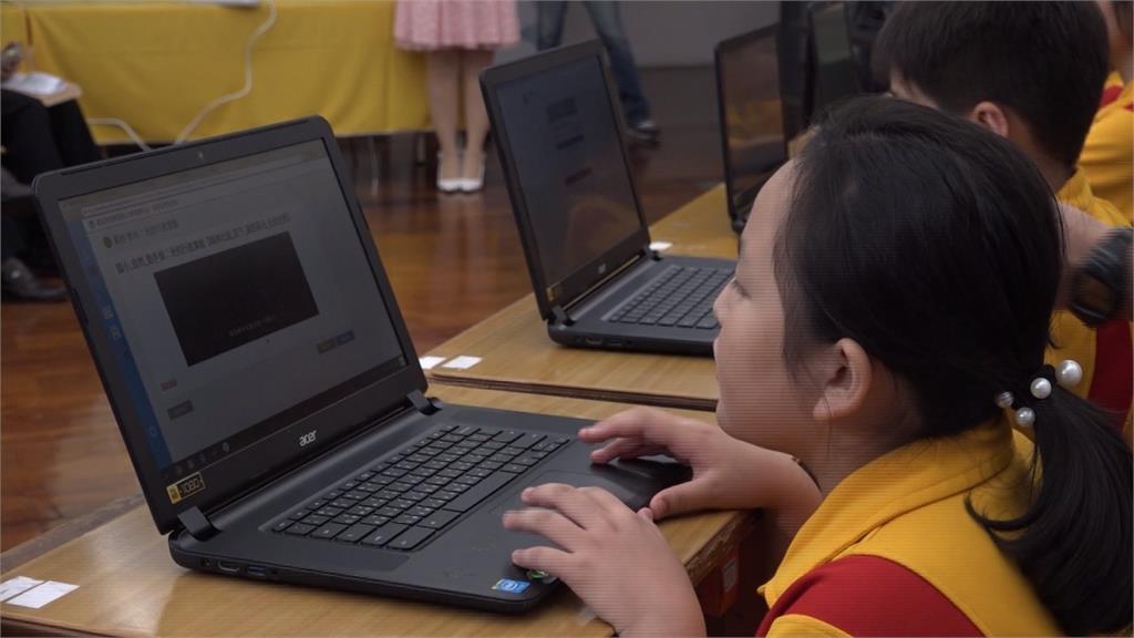 學童視力快速惡化 研究指出主因之一是「安親班」