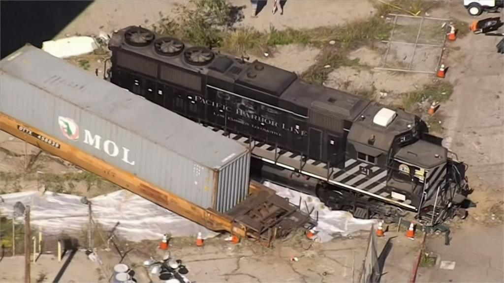 美國醫療艦「慈悲號」抵洛杉磯港 男企圖駕火車衝撞