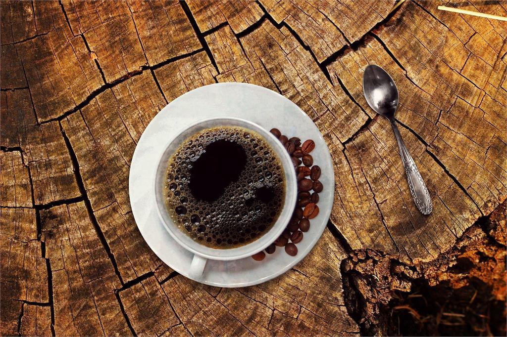 咖啡像汽油、肉充滿腐爛味!43%康復者出現「嗅覺倒錯」