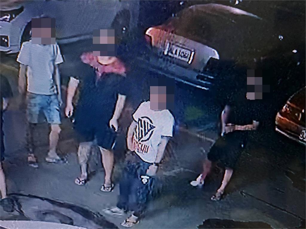 快新聞/百萬賭債引濺血糾紛 台南警方漏夜緝凶 6名嫌犯全數落網