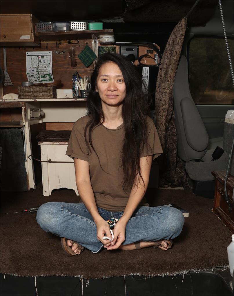 趙婷以《游牧人生》成金球獎首位亞洲女導演 感人致詞: 同情心打破人類之間的所有籓籬