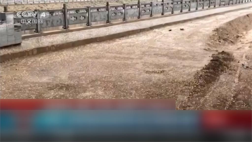 中國天災不斷! 新疆沙塵暴看嘸路、四川冰雹洗禮