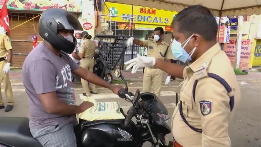 連四天新增確診破40萬壓垮醫療體系 印度民眾要求總理莫迪全國封鎖