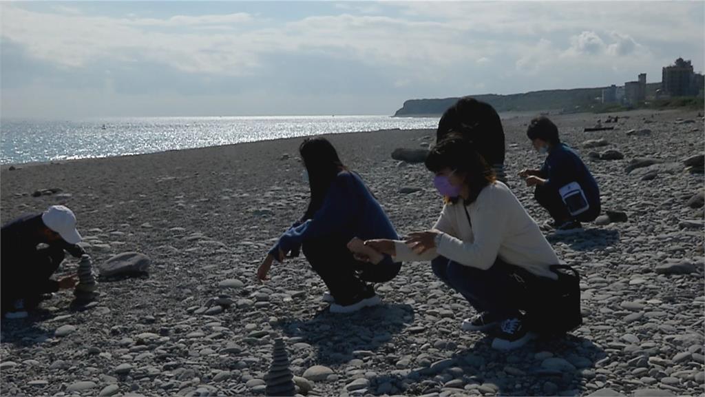 七星潭鵝卵石變少疑為遊客撿拾及季節有關