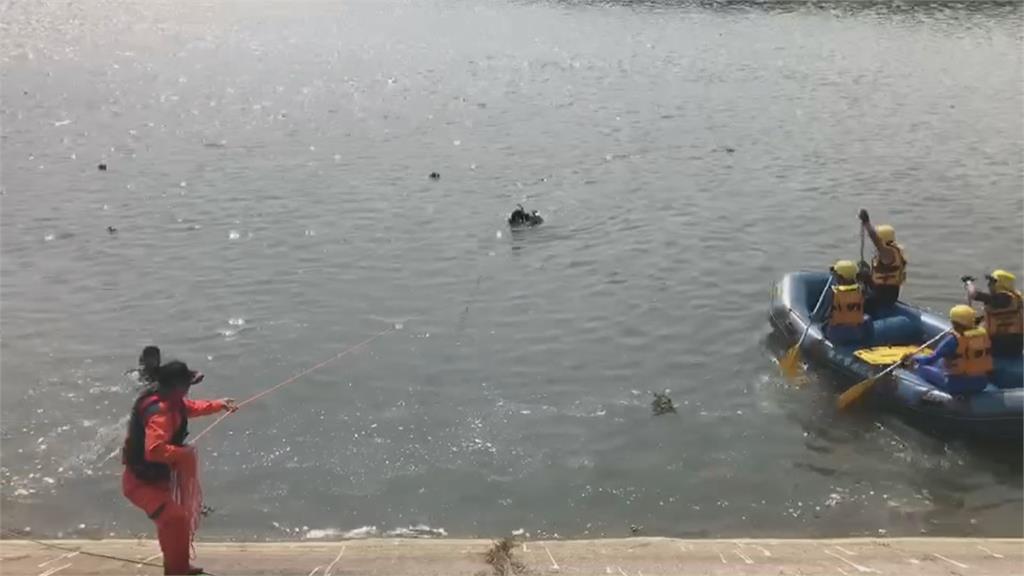 三個月第二起  貓羅溪畔釣客疑撿釣竿溺斃