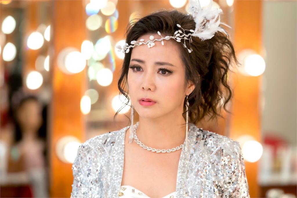 陳仙梅8年復出拍攝《黃金歲月》!戲裡戲外都曾遭假面閨密捅刀錯失演出機會!