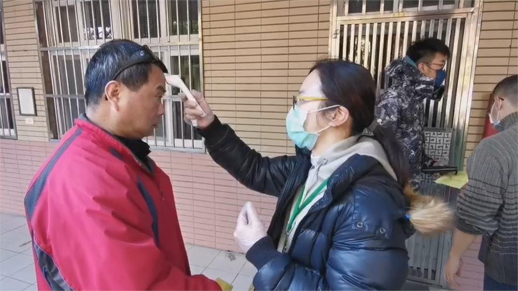 王浩宇罷免投票登場  投票所出現人潮投票與防疫兼顧! 防疫措施不可少