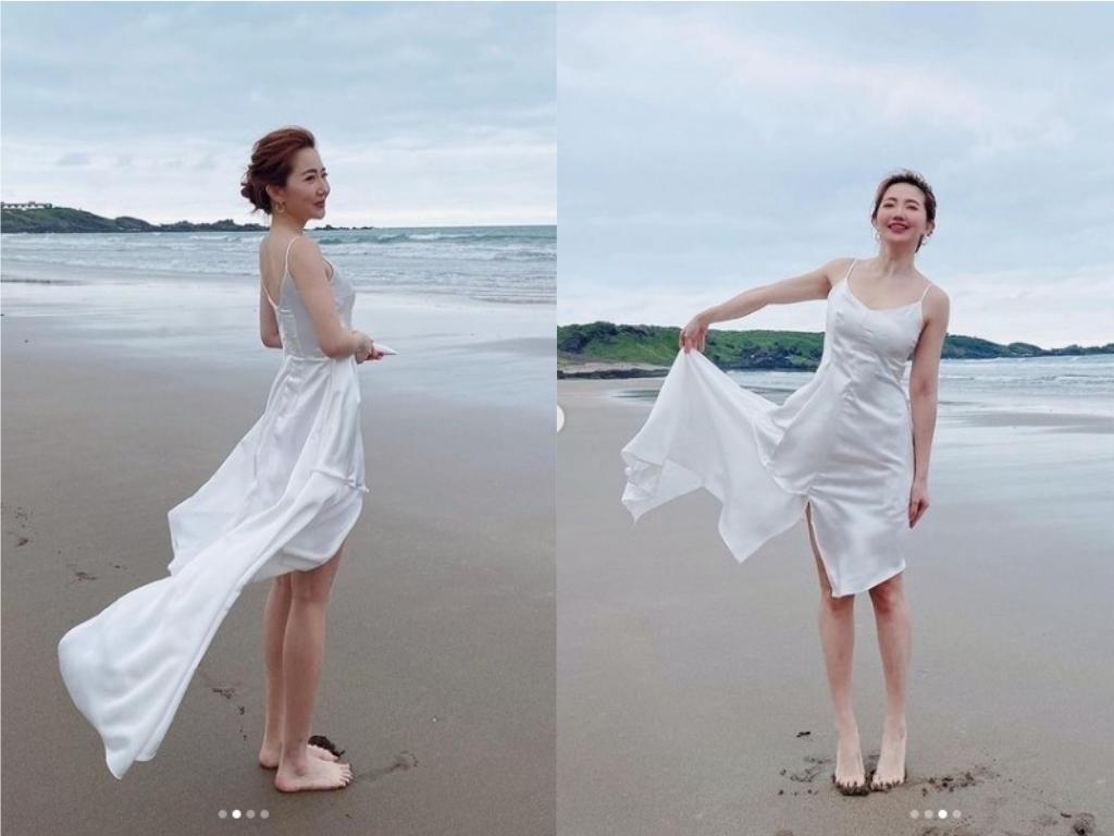 美人魚上岸了!謝忻現身沙灘 緊身白洋裝秀出勻稱好身材