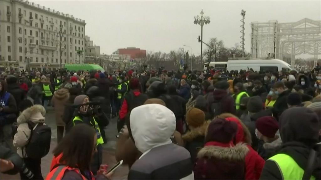 俄羅斯110城市示威挺納瓦尼 逾2600人被捕