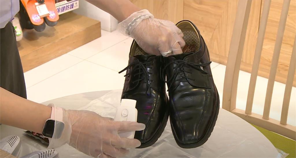別讓鞋子成為防疫破口!阿瘦首創「全鞋品消毒抗菌服務」啟動社區防疫新戰力