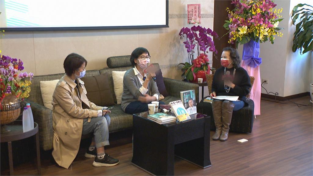 「葉克膜之母」挨轟 蔡壁如新書發表委屈落淚