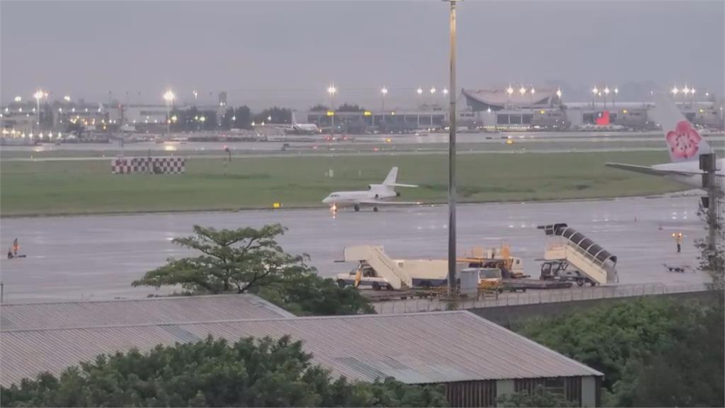 外交部包機接回印度台人 機組人員調派困難...宣告破局