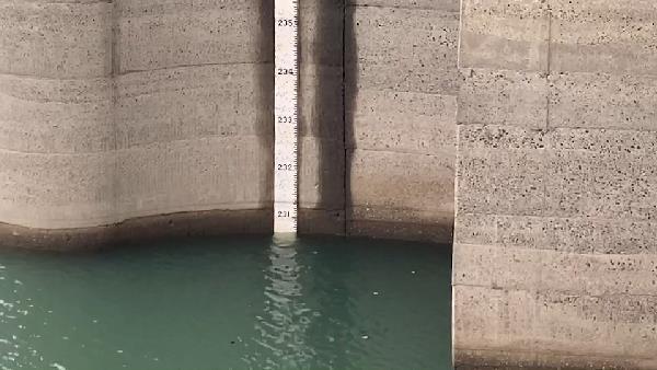 快新聞/鋒面挾雨勢水庫稍解渴 寶二進帳32mm、石門增加20mm