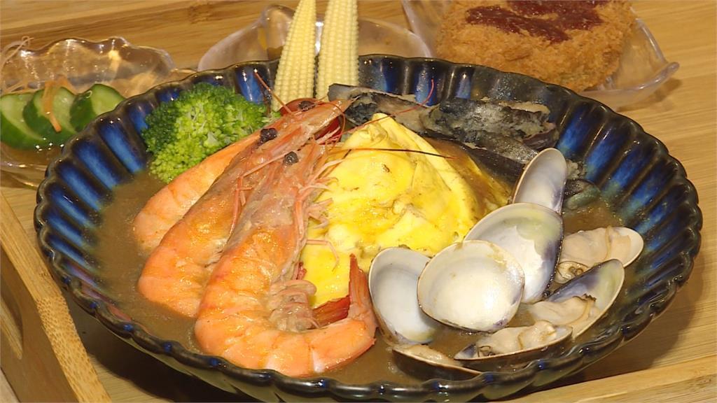 蔡適應激推「巷仔內」美食!基隆咖哩飯搭浮誇大龍蝦