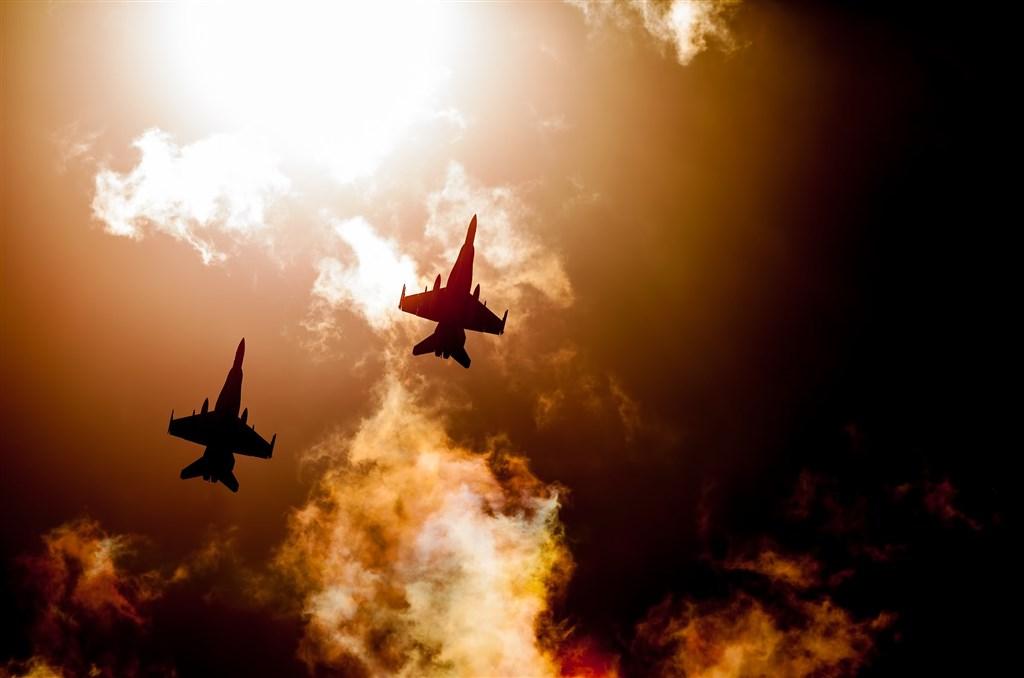 澳洲抗中聲浪升高!示警中國打政治作戰 澳軍方:若採底線將出手轟炸