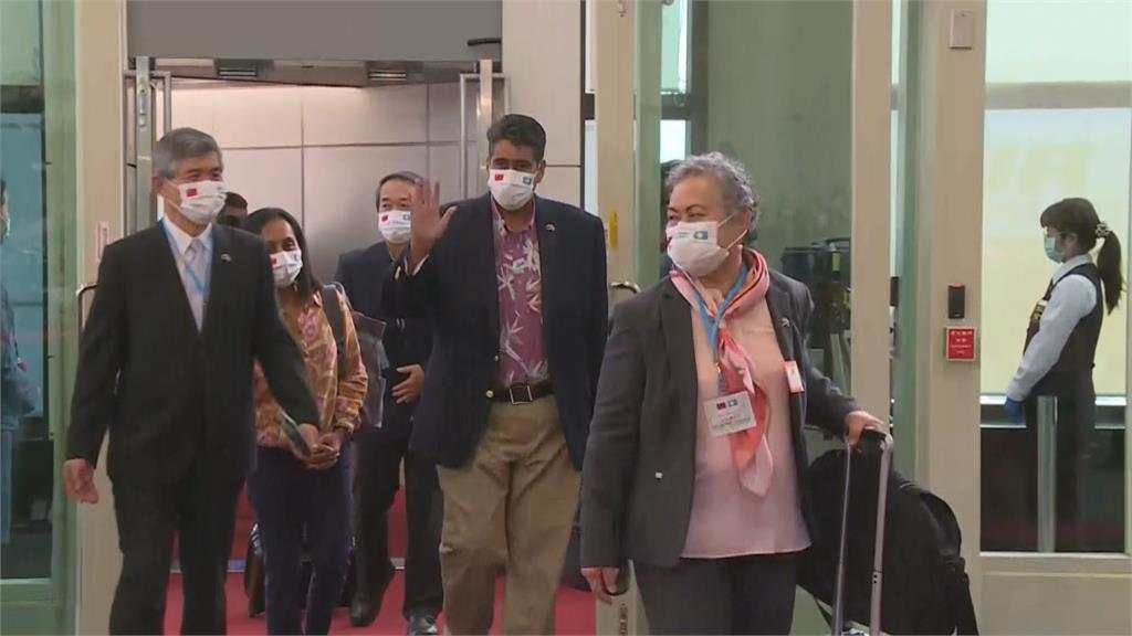 快新聞/帛琉總統訪台美大使同行 中國外交部跳腳:反對任何形式美台官方往來