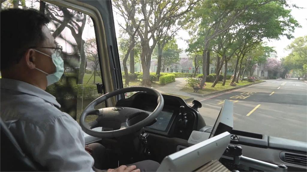 自駕技術提升 竹北市區.高鐵間接駁測試上路