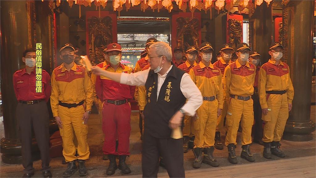 太魯閣號事故現創傷症候群 基隆特搜隊赴慶安宮祈福盼心情平復