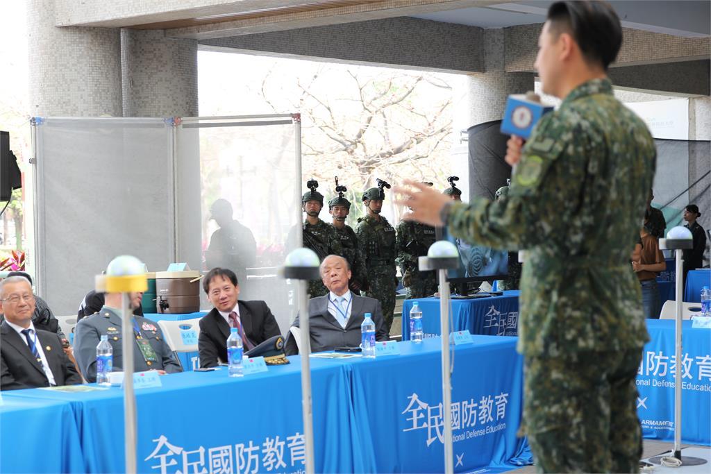 全民國防教育成果發表會 退輔會主委馮世寬現場觀摩指導