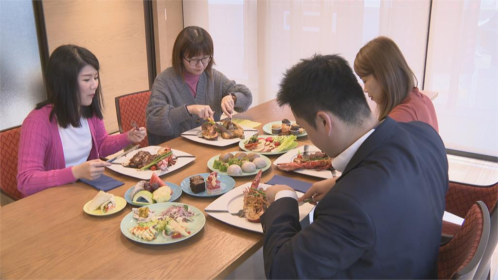 農曆年快到了! 飯店業者推澎湃年菜搶市