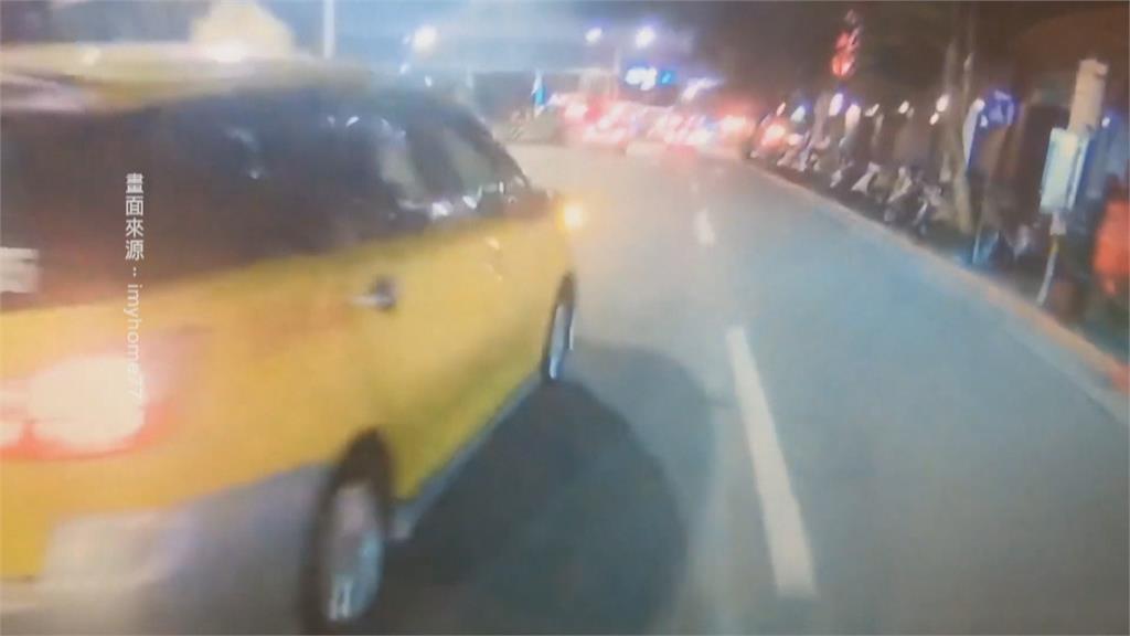 疑遭小黃逼車 騎士怒控:險死在公車停靠站