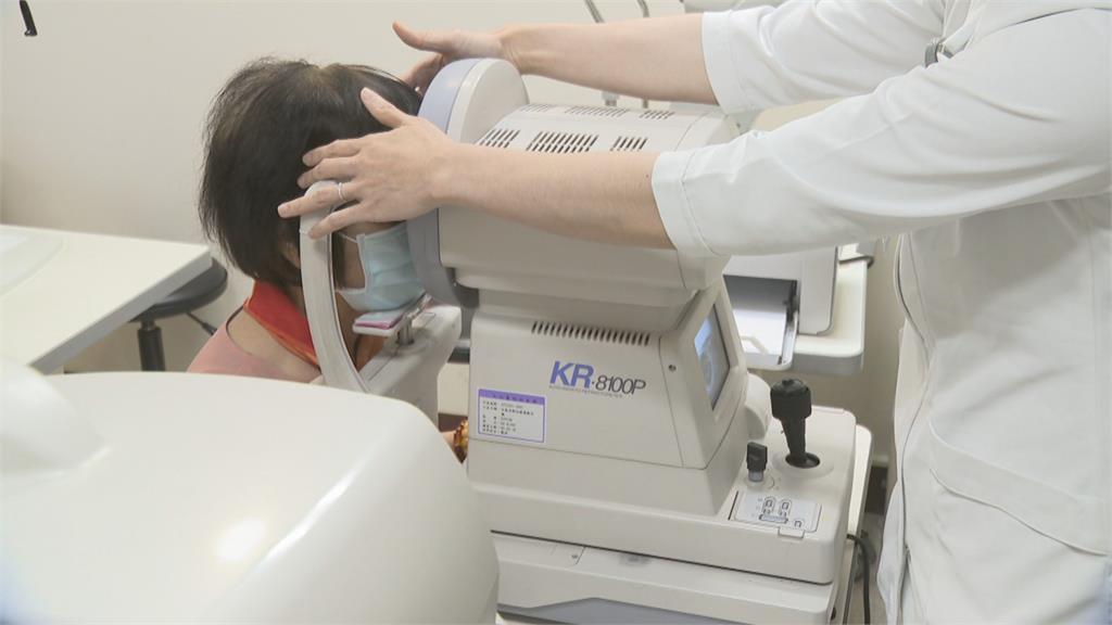 阿斯匹靈配「這些」補品很母湯 孝子害母眼睛血腫視力下降