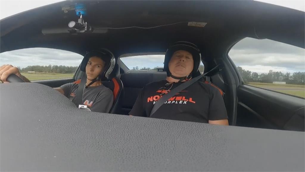 盼在賽車運動占一席之地 澳洲成立全原民車隊