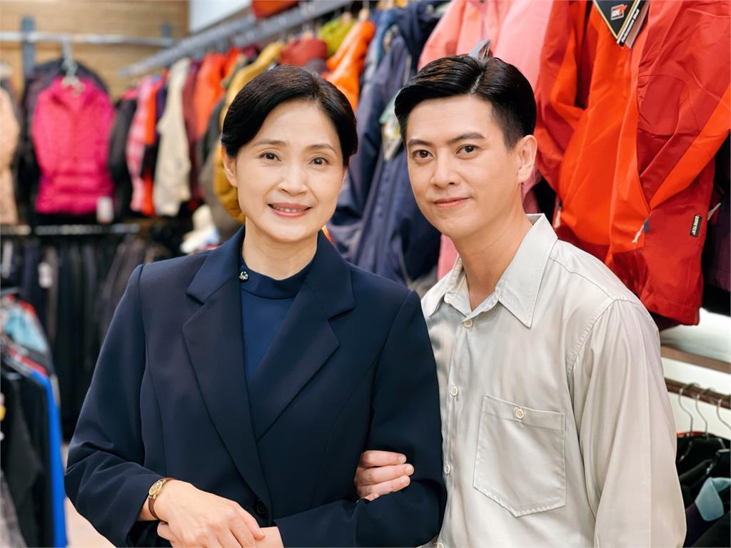 劉奕投資六位數製作網路節目  首播後湧入祝福:「好像我結婚一樣」
