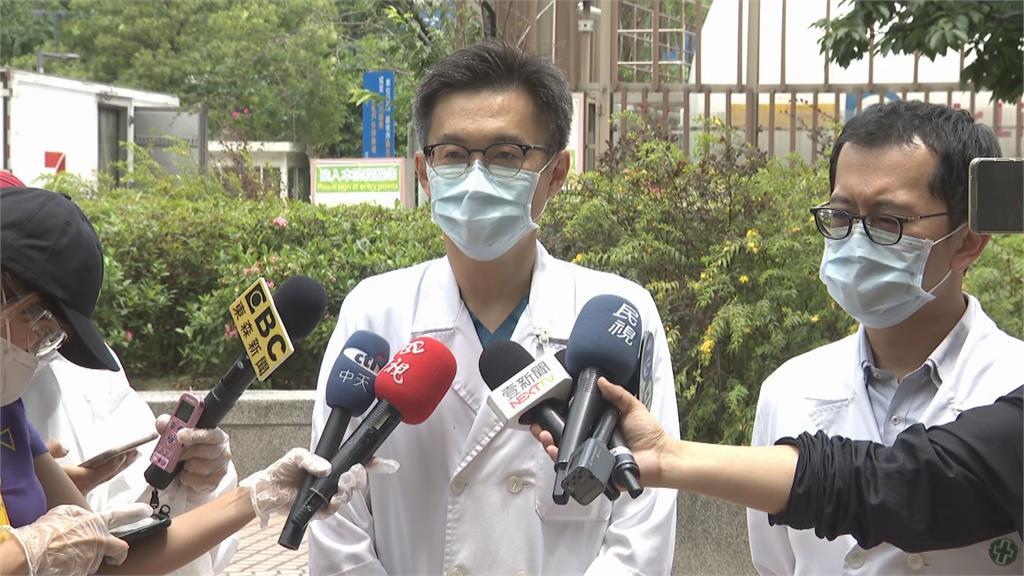 板橋亞東醫院爆「院內感染」危機?急診病患確診 曾去「萬華茶藝館」