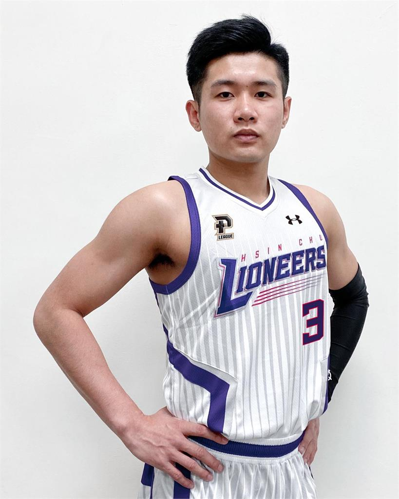 P. LEAGUE+/林明毅季中加盟攻城獅 因艾佛森披3號戰袍
